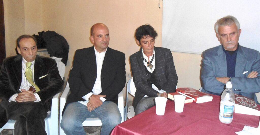 "CONGIUSTA, BORELLI | Lamezia | presentazione ""senza targa"" | 08/12/2013"