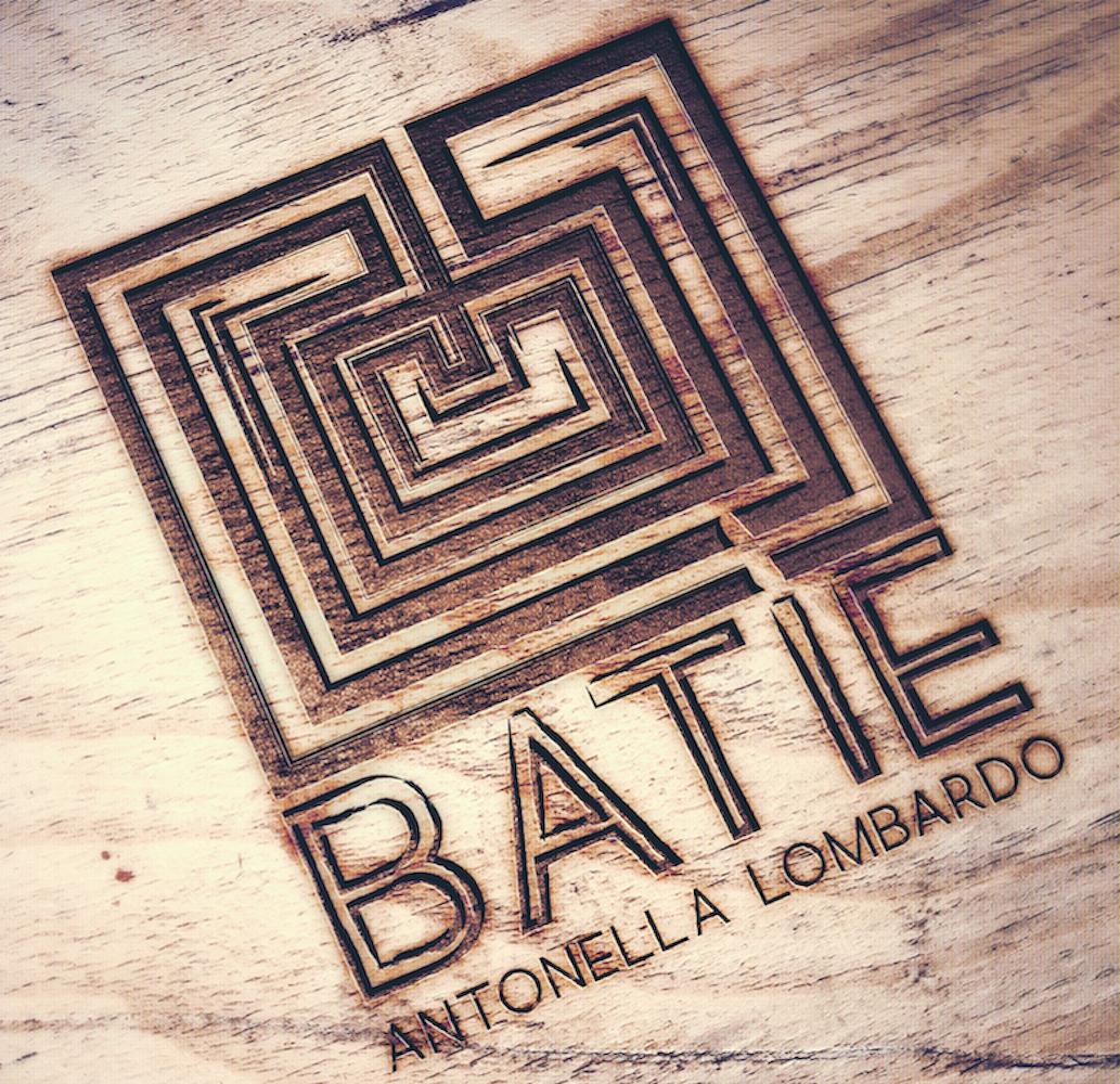 Batìe Lombardo, labirinto, storia, brand, logo